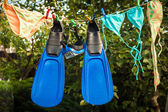 Snorkeling equipment drying on clothesline — Stockfoto