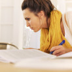 College-Student mit Home Studium beschäftigt — Stockfoto #21728517
