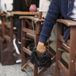 Pickpocketing at the street cafe — Stock Photo