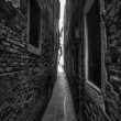 Narrow Alleyway — Stock Photo