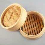 Dumplings bamboo steamer — Stock Photo #18220289