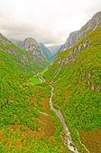 Verdant Mountain Valley in Norway — Stock Photo