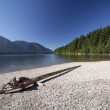 Mountain Lake on a Clear Day — Stock Photo