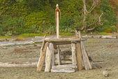 Homemade Beach Shelter on the Coast — Stock Photo