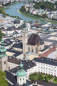 Salzburg skyline with river Salzach in Salzburger Land, Austria — Foto Stock