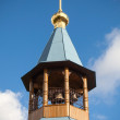 Dome with cross of small wooden Orthodox church — Stock Photo