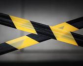 黒と黄色のストライプ テープ。制限区域のボーダー — ストック写真