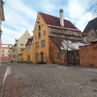 Street in old town of Tallinn, Estonia — Stock Photo
