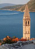 St. Nicholas Church above Kotor Bay. Perast town, Montenegro — Foto de Stock