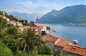 Adriatic sea. Coastal town landscape. Perast, Kotor Bay, Montenegro — Foto Stock