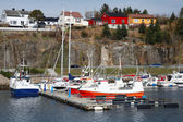 Fishing and pleasure boats moored in Norway — Stockfoto