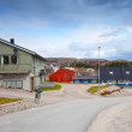 Quiet street in Norwegian countryside. Rorvik town — Stock Photo #40204073