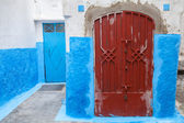 Renkli sokak parçası. eski medine, tanger tarihi bölümü — Stok fotoğraf