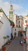 TANGIER, MOROCCO - MARCH 22, 2014: Old Medina area in Tangier, Morocco. People are walking on narrow street — Stock Photo