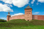 Mitropolichya tower (Veliky Novgorod, Russia) — Stock Photo