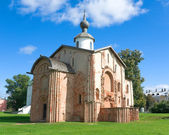Church of St. Parasceva on the Marketplace, 1207 - (Veliky Novgorod, Russia) — Foto de Stock