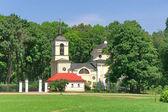 Chiesa. villaggio spassky-lutovinovo. immobiliare commemorativo del grande ru — Foto Stock
