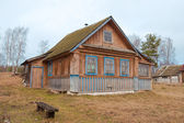 Old wooden house in the Russian village — Stock Photo