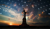 Independence day. Liberty enlightening the world — ストック写真