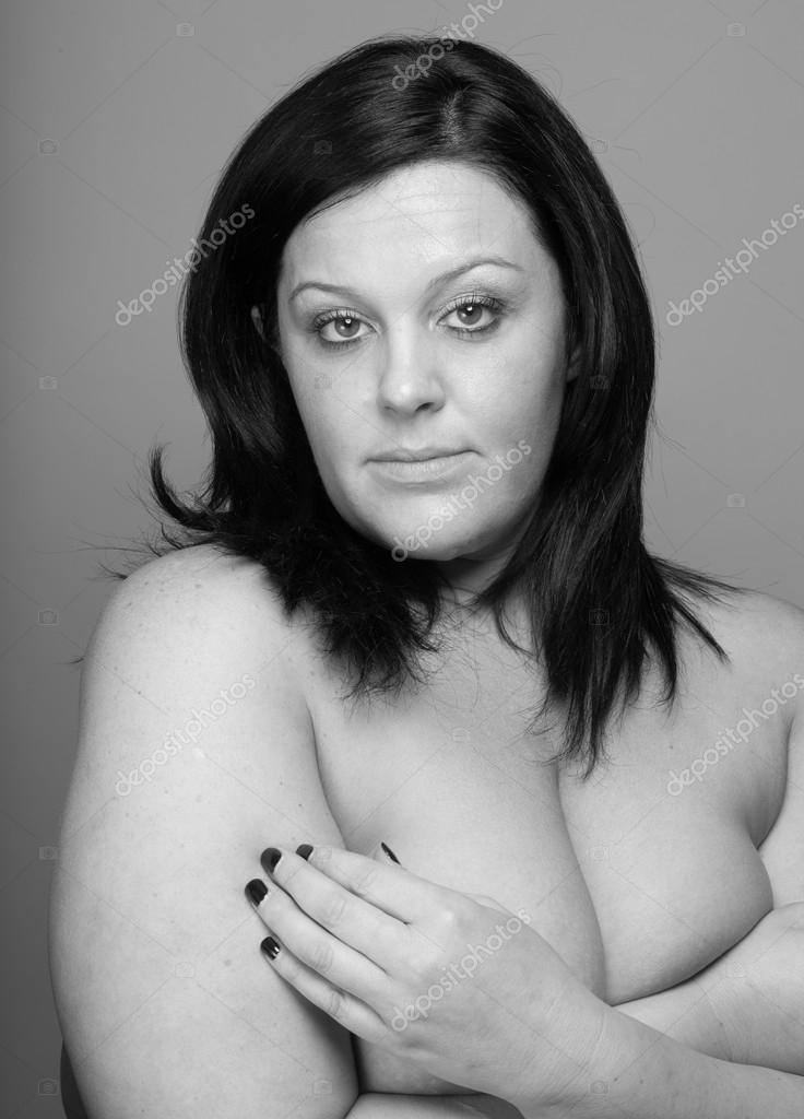 Sexy nude mature woman