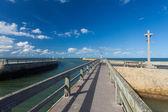 Pontile pontone e canale di grandcamp normandia — Foto Stock