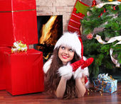 Natal, garota vestindo em papai noel — Foto Stock