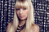 Glamour portrait of beautiful woman model with makeup and blond — Stock Photo