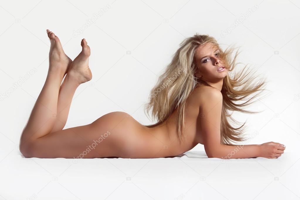 beautiful woman naked ass the bottom