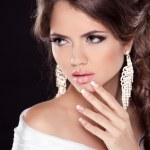 Beautiful Brunette Woman with sexy lips. Hairstyle. Makeup. Mani — Stock Photo #31276483