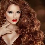 Long Curly Red Hair. Beautiful Fashion Woman Portrait. Beauty Mo — Stock Photo