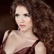 Wavy Hair. Beautiful Fashion Brunette Woman. Healthy Long Brown — Stock Photo