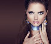 Jewelry Woman. Beauty portrait of fashion model woman posing. Ma — Stock Photo