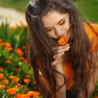Beauty brunette Romantic Girl Outdoors. Beautiful Teenage Model — Stock Photo
