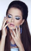 Manicured nails. Makeup. Glamour Fashion Beauty Woman Portrait. — Foto de Stock