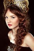 Fashion Russian girl in national head decor, makeup. Beauty Vogu — Stock Photo