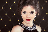 Stare. Elegant brunette woman lady with makeup and hairstyle. Fa — Stock fotografie