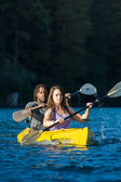 Lake Kayaking Couple — Stock Photo