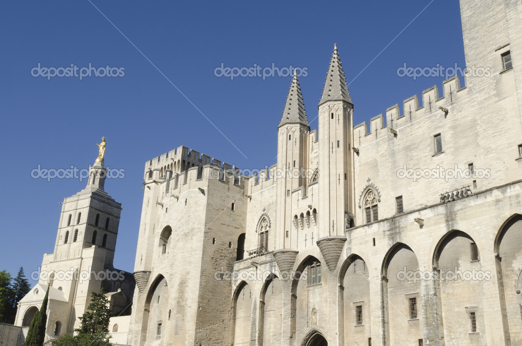 Palace of the popes in Avignon, France — Stock Photo #12660219