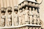 Statuen auf der kathedrale von tarragona, spanien — Stockfoto