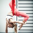 Antigravity yoga — 图库照片