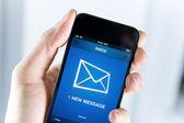 Har ett nytt meddelande på mobiltelefon — Stockfoto