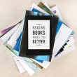 Reading books makes you better — ストック写真