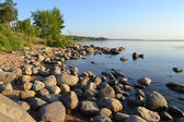 Shore of Lake Ladoga in the early morning — Stock Photo