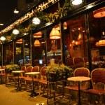 Street cafe in Paris — Stock Photo #19494279