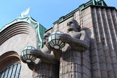 Statues adorn the main railway station, Helsinki — Stock Photo