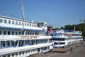 Cruise ships on berth — Stock Photo