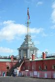 Flagstaff of Petropavlovskaya fortress — Stock Photo