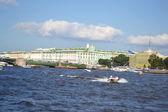 View of Palace Bridge in St.Petersburg — Stock Photo
