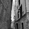 Street in the medieval quarter of Girona — Stock Photo