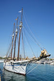 Sailboat in the port of Barcelona — Stock Photo